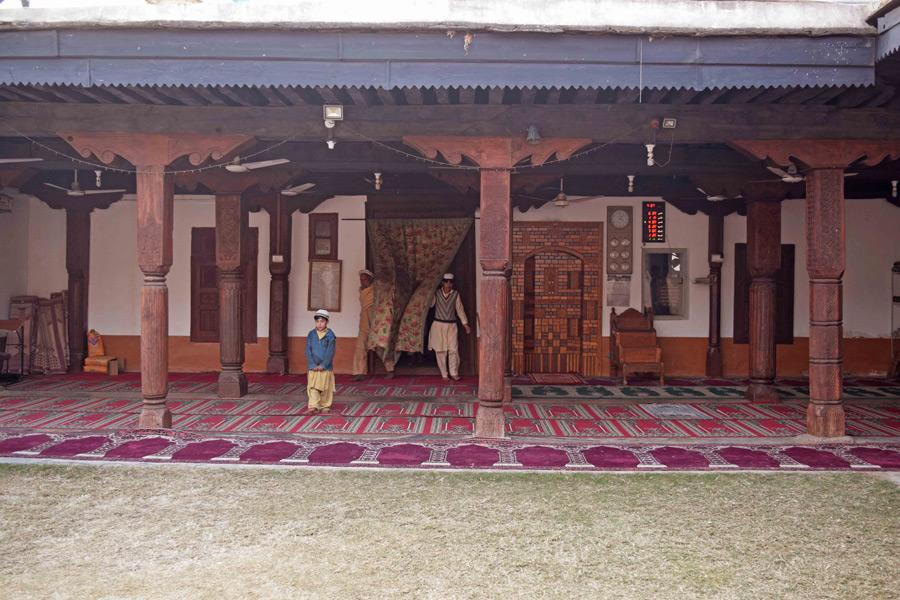 مسجد کا دوسرا منظر