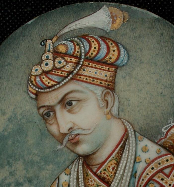 بیربل کی موت نے اکبر کو صدمہ سے نڈھال کر دیا تھا۔ بعد میں تین دن تک سوگ منایا گیا۔ اسے یوسف زیٔ کی طاقت کا پتا چلا۔ بیربل کی موت پر اکبر نے ابوالفتح اور زین خان کو دو دن تک ملاقات کی اجازت بھی نہیں دی۔