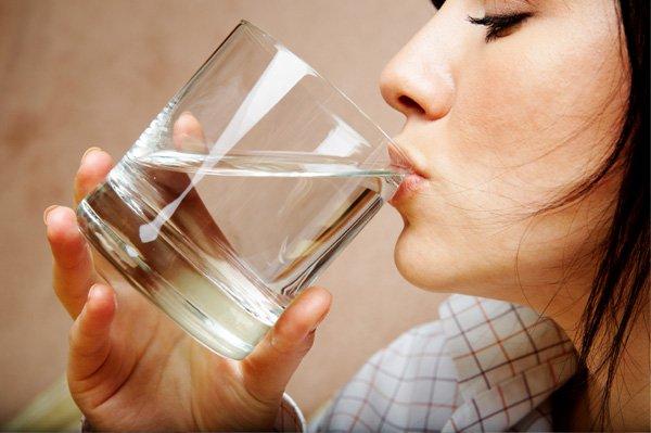 نہار منھ پانی پینا