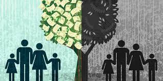 مالک سرمایہ دار صرف پیسہ لگاتا ہے اور قدر زائد، فاضل منافع بھی اس کی جیب میں جاتا ہے۔ آرام دہ موٹرکاریں، ہوائی جہاز، بلٹ پروف گاڑیاں، بیسوں کنال زمین، کوٹھیاں، نوکر چاکر، عبادات کیلئے الگ مزین مساجد، سرکاری پروٹوکول، سیکورٹی، سرکاری مراعات، بہترین تعلیم، بہترین طعام، بہترین آرام گاہیں، اکانومی کلاس میں سفر، ٹیکسوں سے چھوٹ وغیرہ سب صرف سرمایہ کیلئے ہے۔ دوسری طرف فقر و فاقے، نیستی، تنگ دستی اور خودکشیاں وغیرہ ہیں