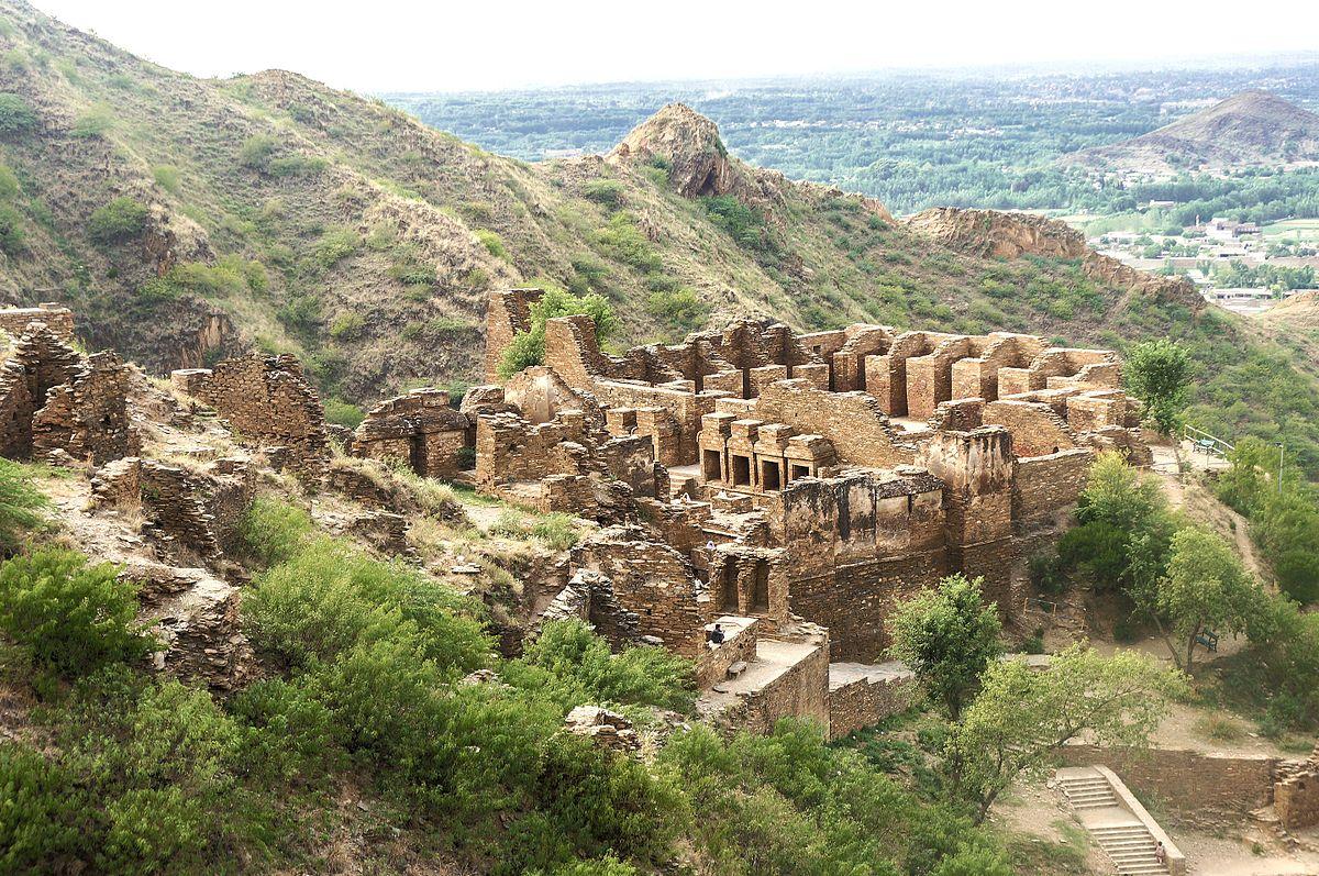 تخت بائی کے آثار قدیمہ