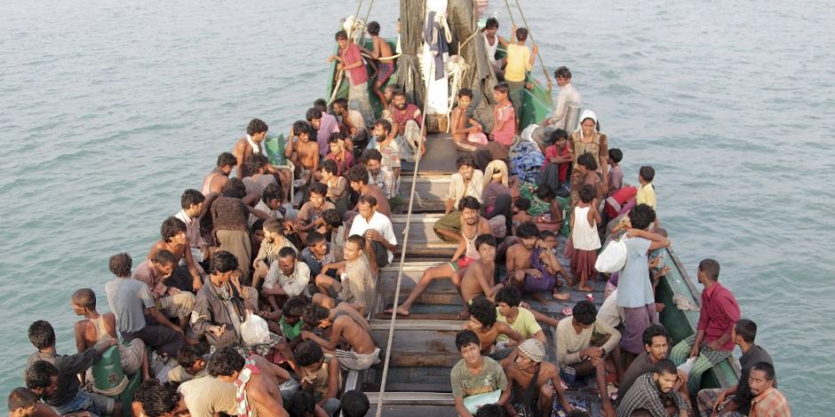 روہنگیا کے مسلمانوں کی مجموعی تعداد اس وقت گیارہ لاکھ کے قریب ہے۔ اگر ہم ان کو ہر مسلم ملک کے حساب سے تقسیم بھی کر دیں، تو ہر مسلم ملک کے حصے میں بائیس ہزار سے کم لوگ آئیں گے۔
