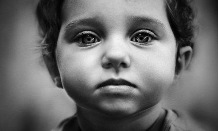 آنکھوں کا سائز پیدائش سے لے کر موت تک برقرار رہتا ہے